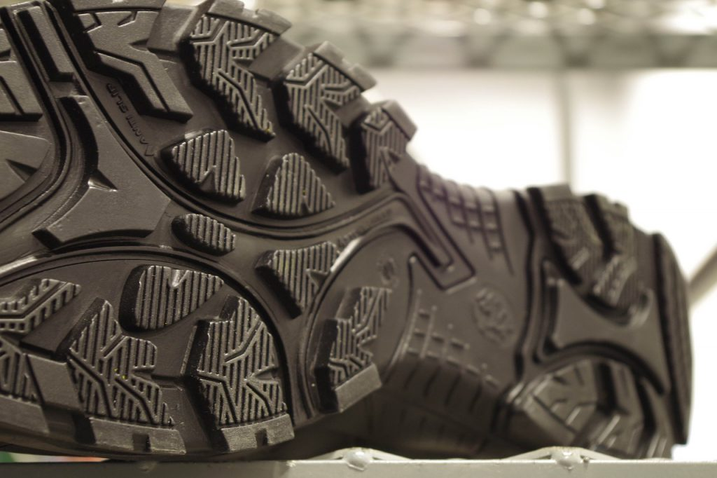tread of hiking boots