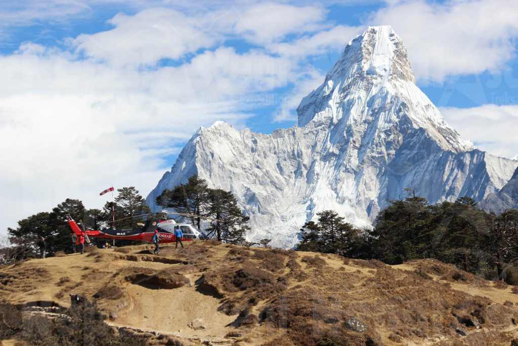 Helicopter near Ama Dablam