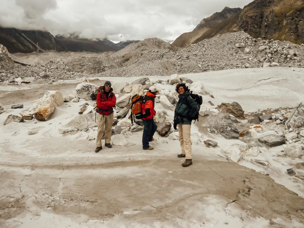 3 ladies and massive rocks on Everest Base Camp trek