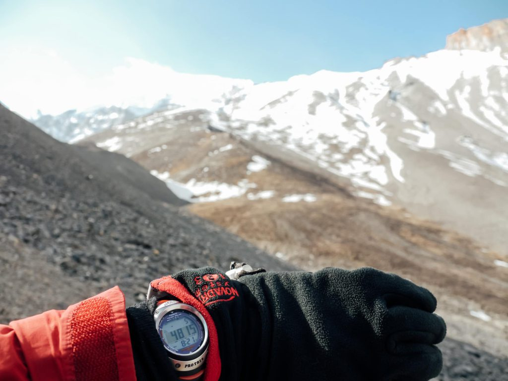 Man on Annapurna circuit who packed gloves and watch for trek